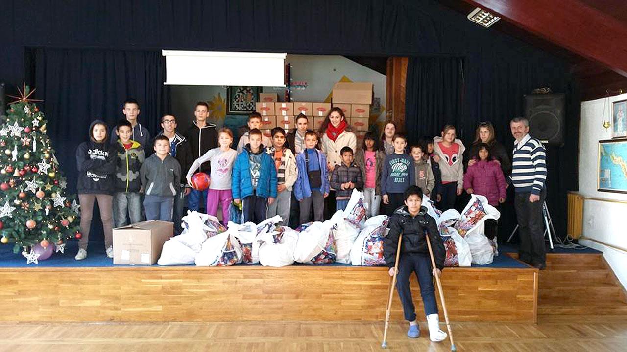 Champ 07 - Donacija novodisnjih paketica za Decje selo 03
